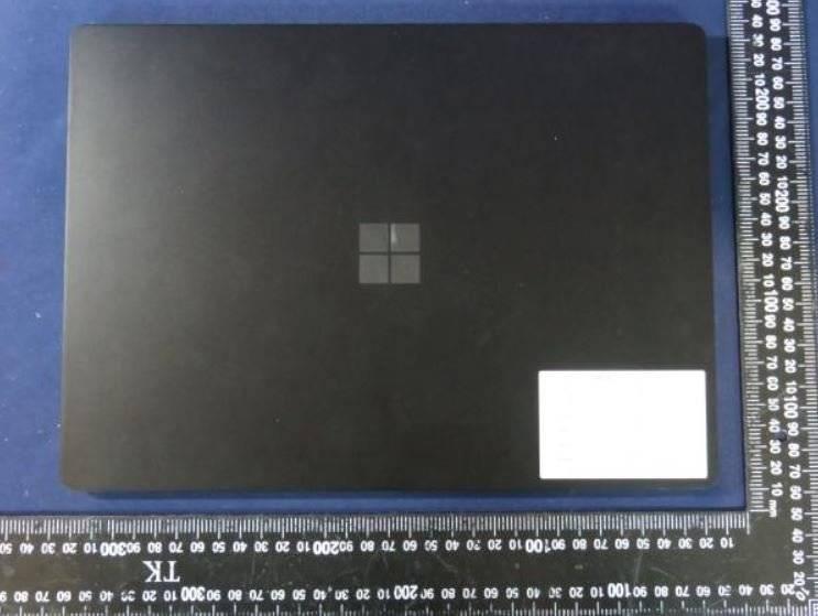 微软即将推出的Surface Laptop 4和Surface Pro 8设备在线泄漏