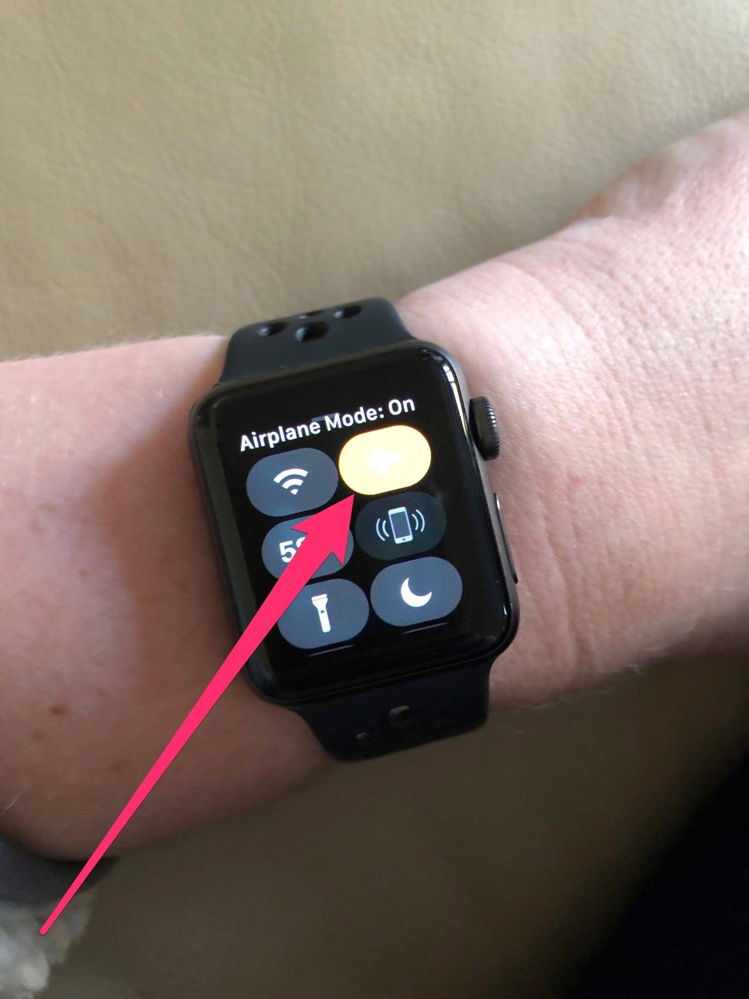 如何以2种不同方式在Apple Watch上关闭飞行模式