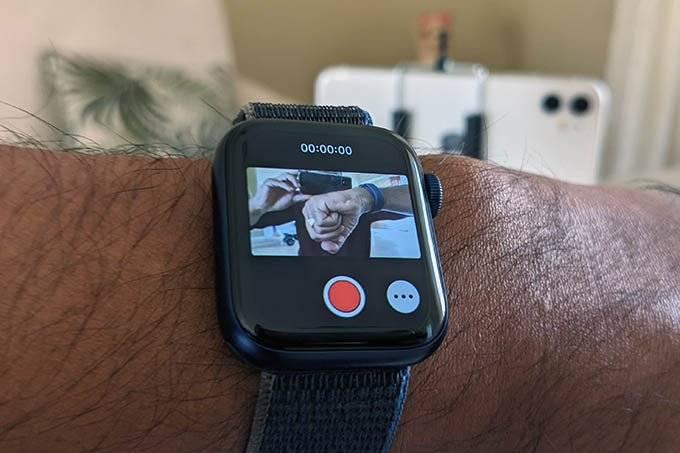 如何将Apple Watch用作iPhone 12相机的实时取景器