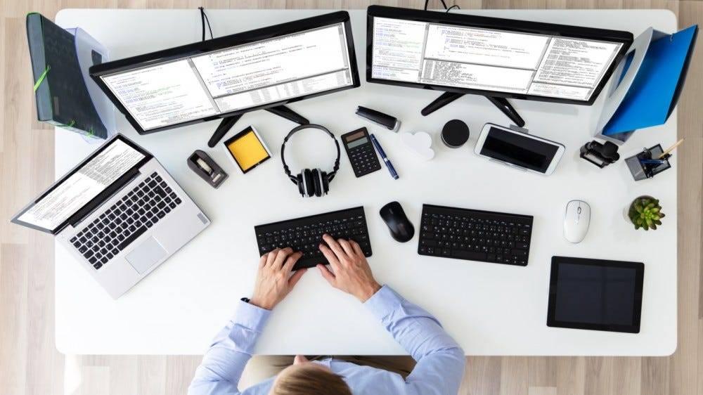 您应该如何组织多显示器设置?