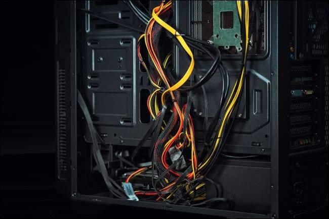 优化PC电缆管理的5个技巧