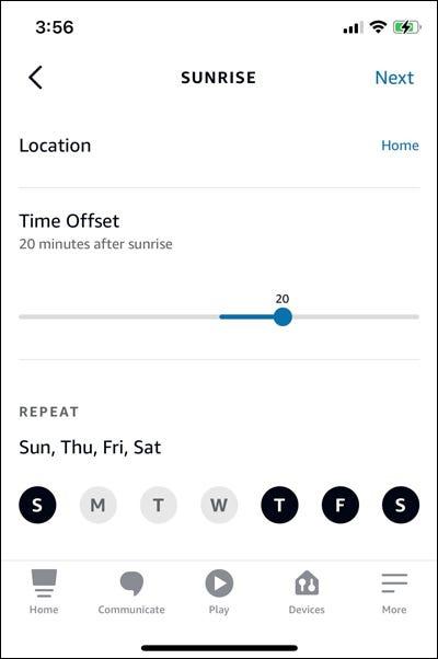如何使用 Alexa 安排智能插头