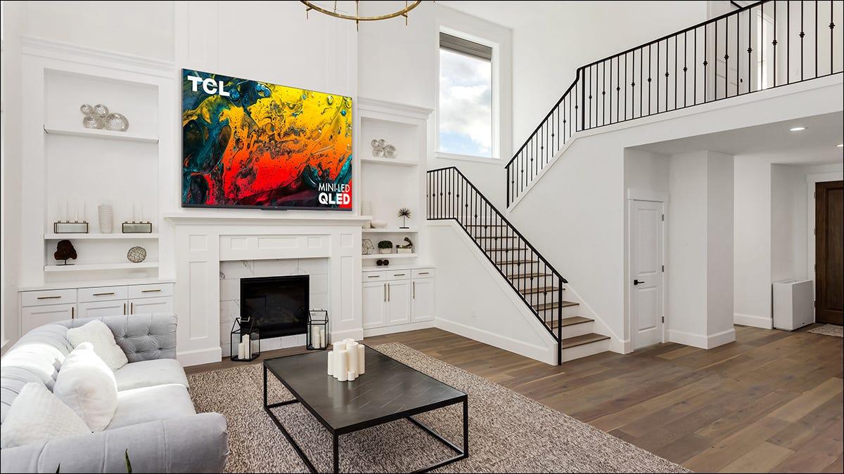 TCL 推出新的谷歌电视,将继续销售 Roku 电视