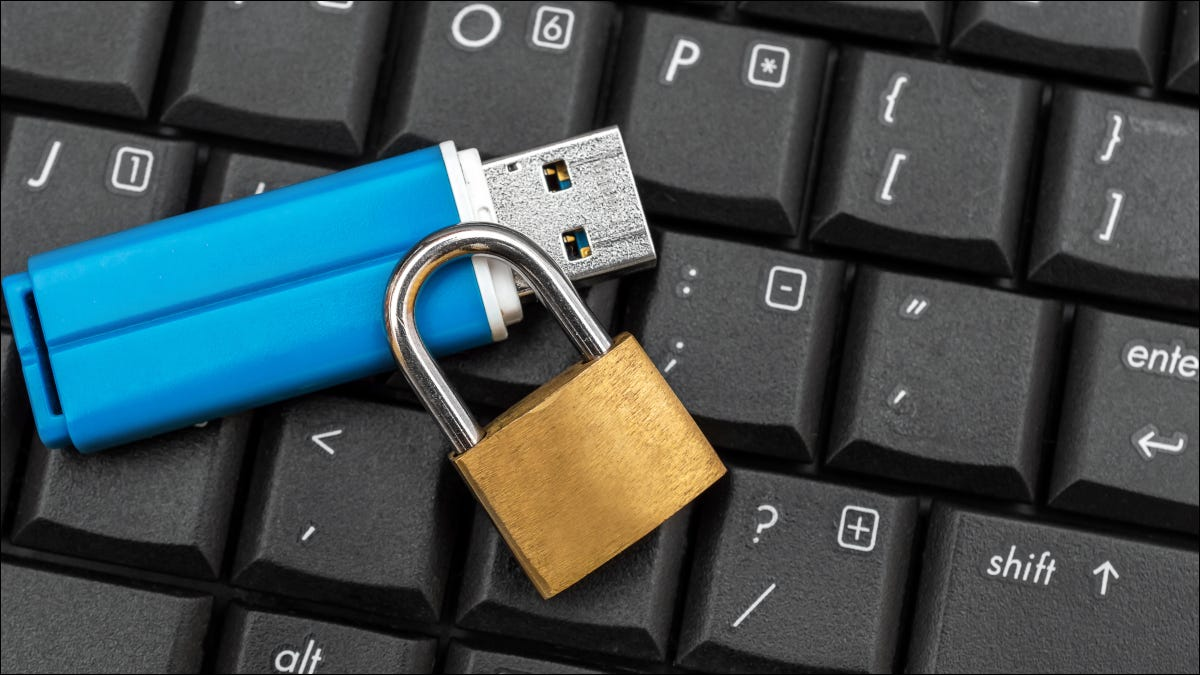 如何在 Windows 10 上删除写保护