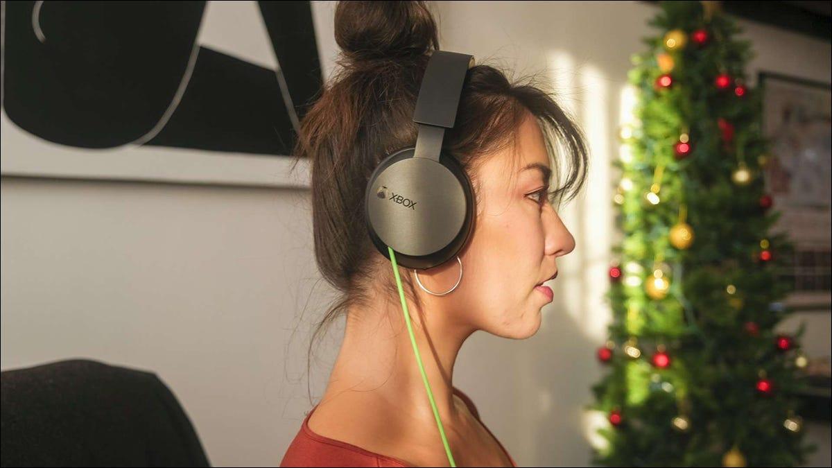 微软推出经济实惠的 Xbox 游戏耳机(也适用于 PC)