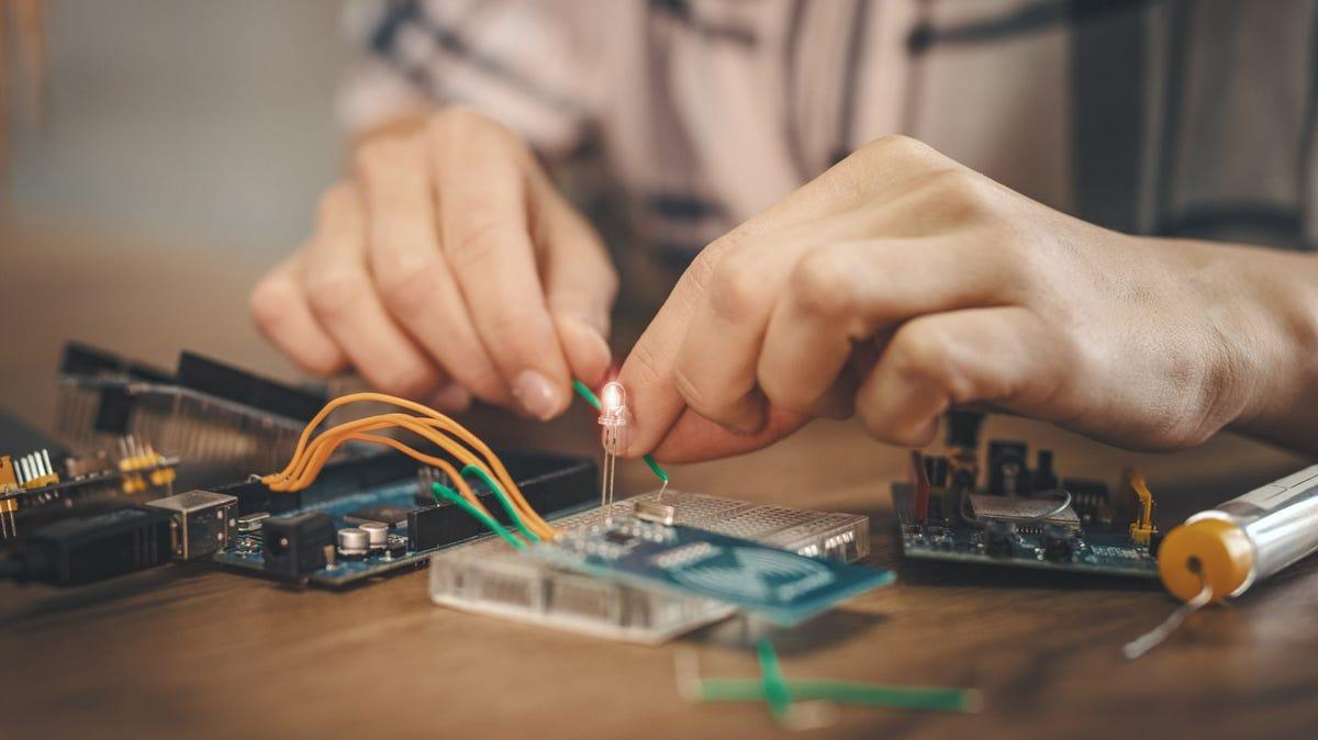 5 个适合初学者的有趣且基本的电子项目
