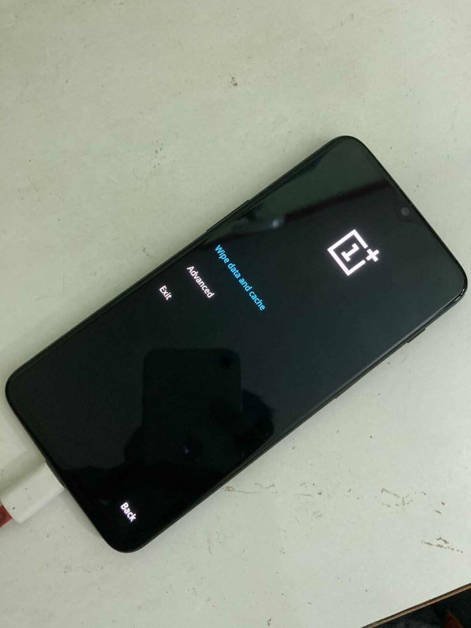 如何修复 OnePlus 卡在启动屏幕上?